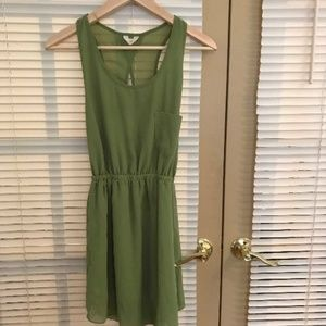 Crisscrossing dress